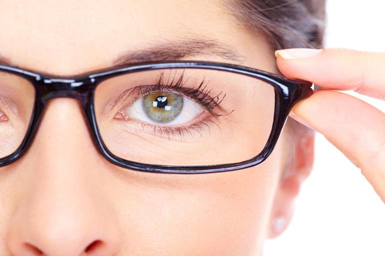 Как накрасить глаза если плохое зрение 149