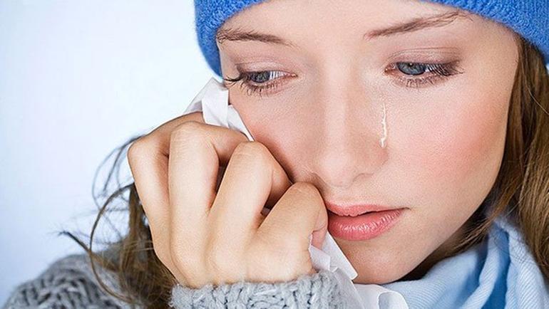 Как привести лицо в порядок после слез