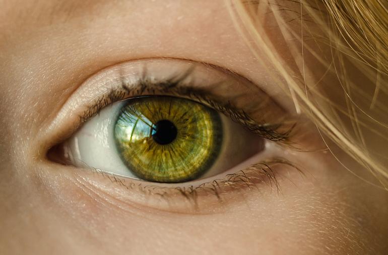 Лечение дистрофии сетчатки глаза
