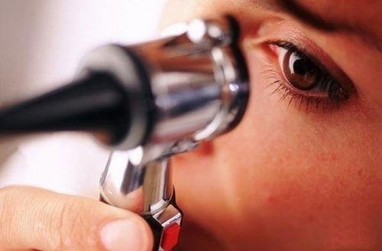 Современная офтальмология предлагает несколько методов устранения косоглазия