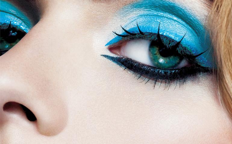 операция по изменению оттенка глаз