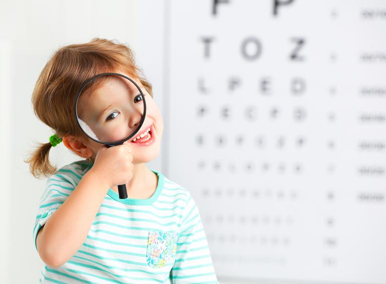 офтальмологическое обследование детей