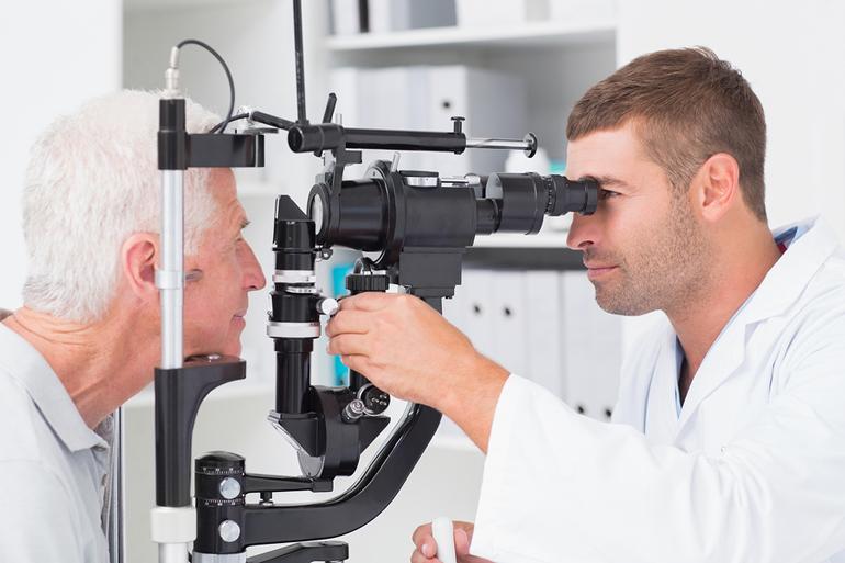 Как лечат блефарофимоз?