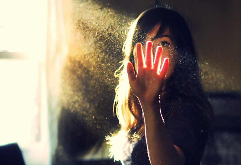 как защитить глаза от пыли?